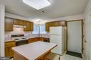 Center Island in Kitchen - 11515 BEND BOW DR, FREDERICKSBURG