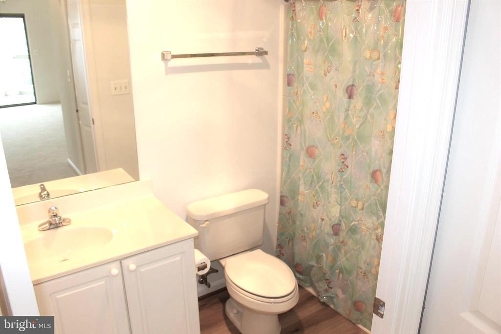 Bathroom #2 - 19375 CYPRESS RIDGE TER #807, LEESBURG