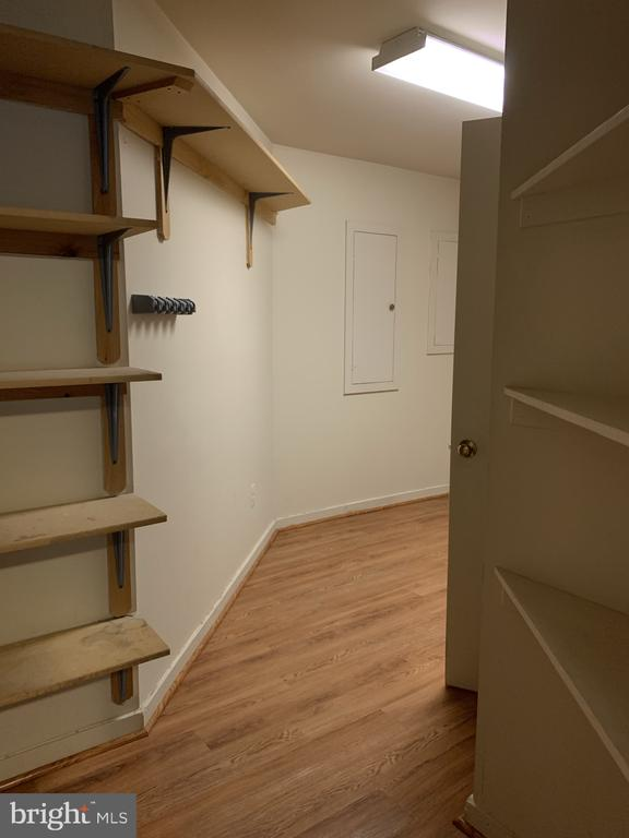 Entrance into lower level laundry room - 11605 CLUBHOUSE CT, RESTON