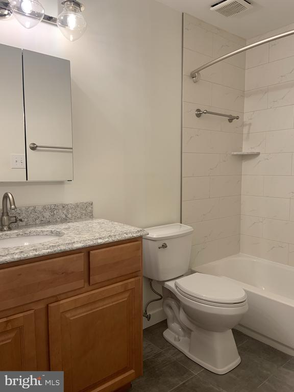 Another view of primpary bath - 11605 CLUBHOUSE CT, RESTON