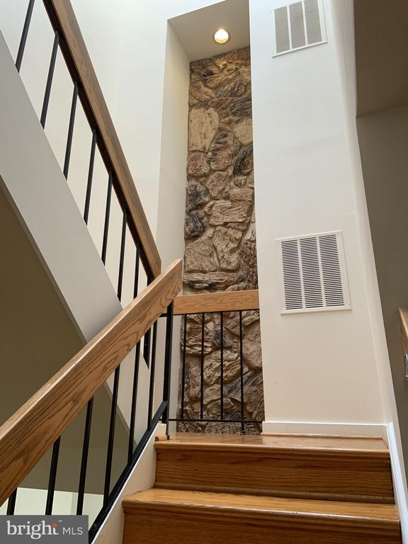 Main level to upper stair well - 11605 CLUBHOUSE CT, RESTON