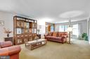 Large extended family room - 8927 BURBANK RD, ANNANDALE