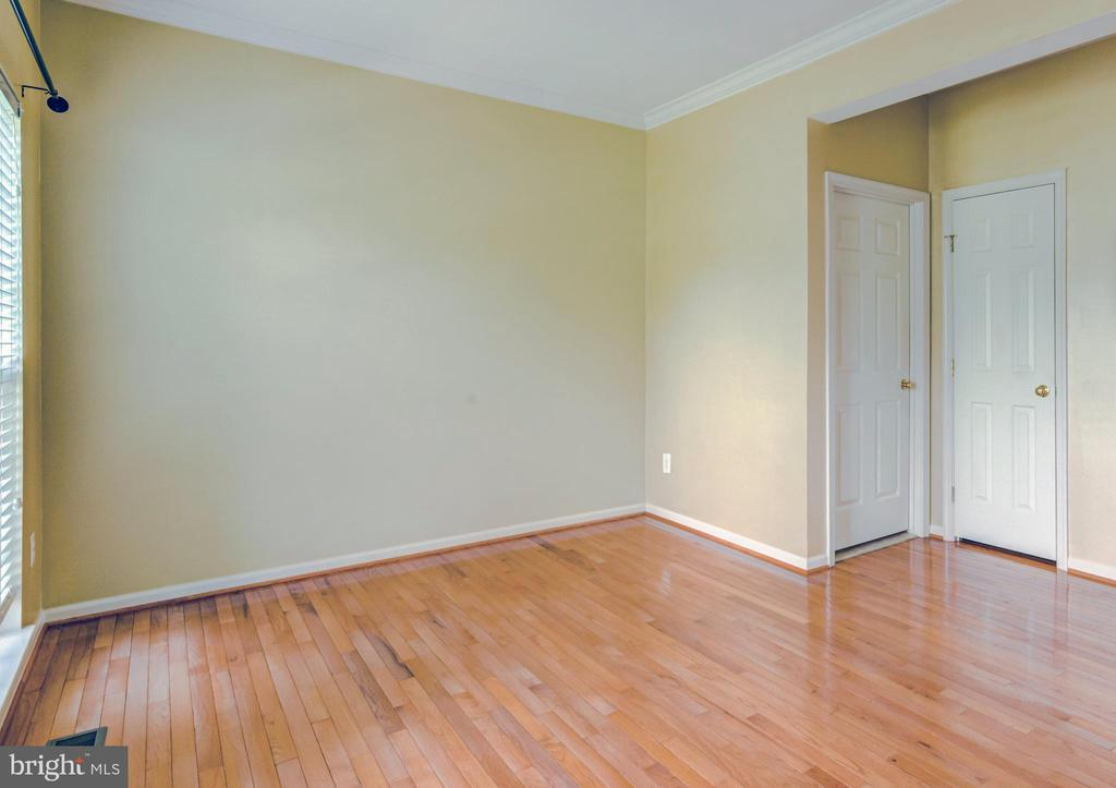 Living Room - 17053 LOFTRIDGE LN, GAINESVILLE