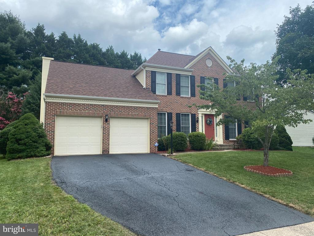 Well maintained home in Hampton Oaks Community. - 127 NORTHAMPTON BLVD, STAFFORD