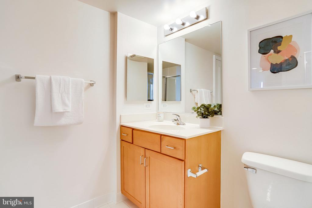 Second full bathroom. - 2220 FAIRFAX DR #803, ARLINGTON