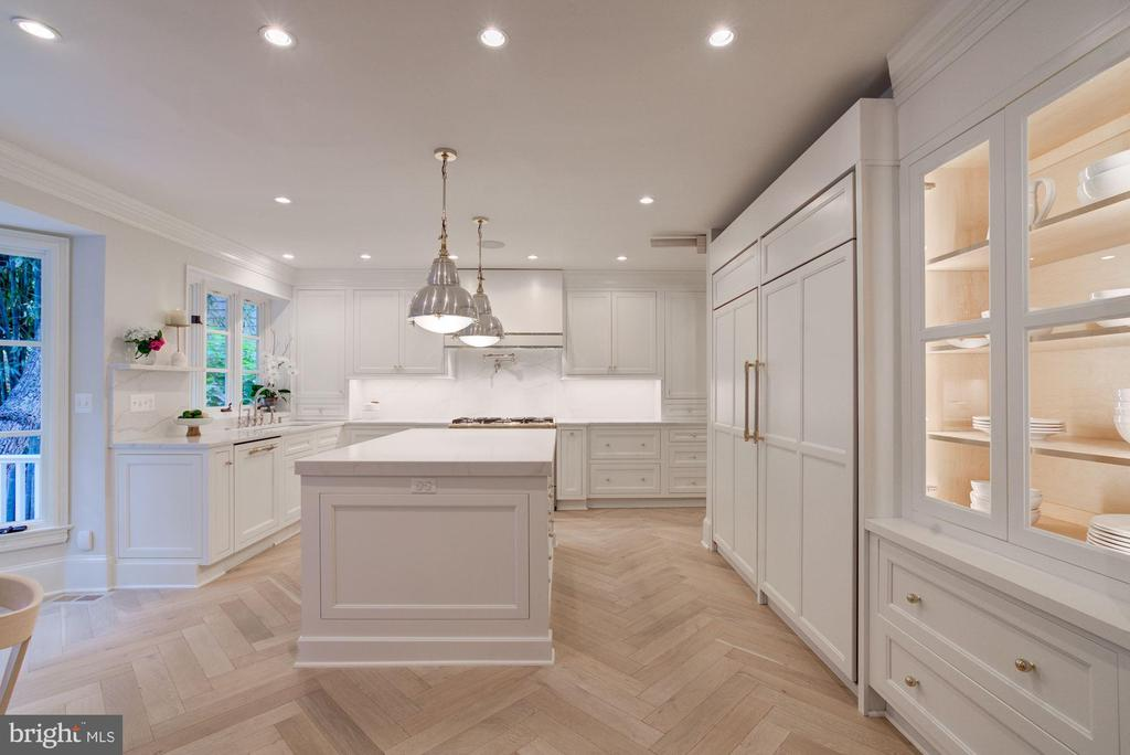 A Show-Stopping Chef's Kitchen - 3315 HIGHLAND PL NW, WASHINGTON