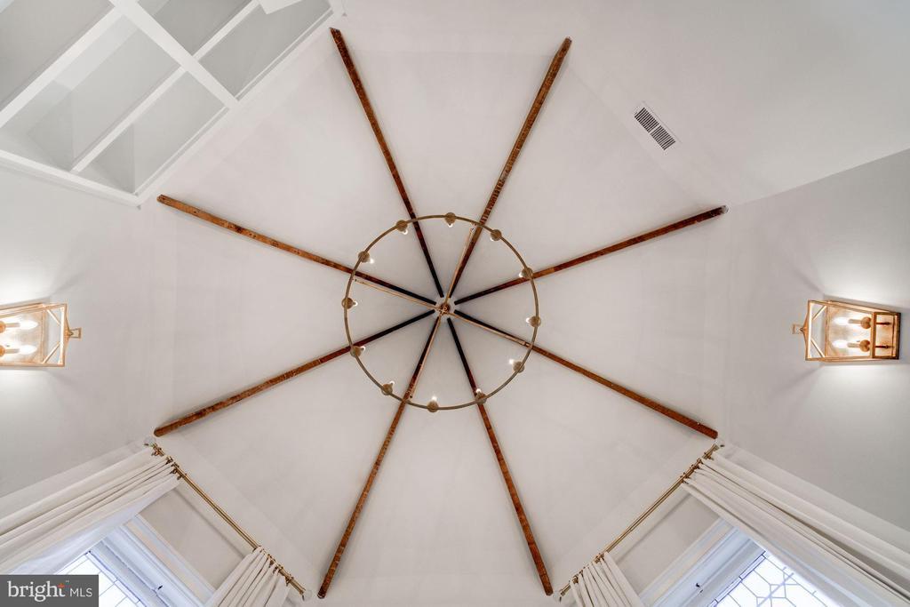 Spectacular Beamed Turret Ceiling - 3315 HIGHLAND PL NW, WASHINGTON