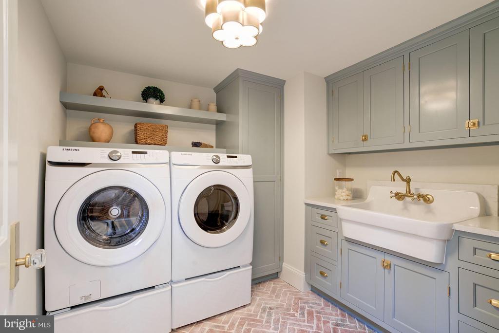Upstairs Laundry with Custom Cabinetry - 3315 HIGHLAND PL NW, WASHINGTON