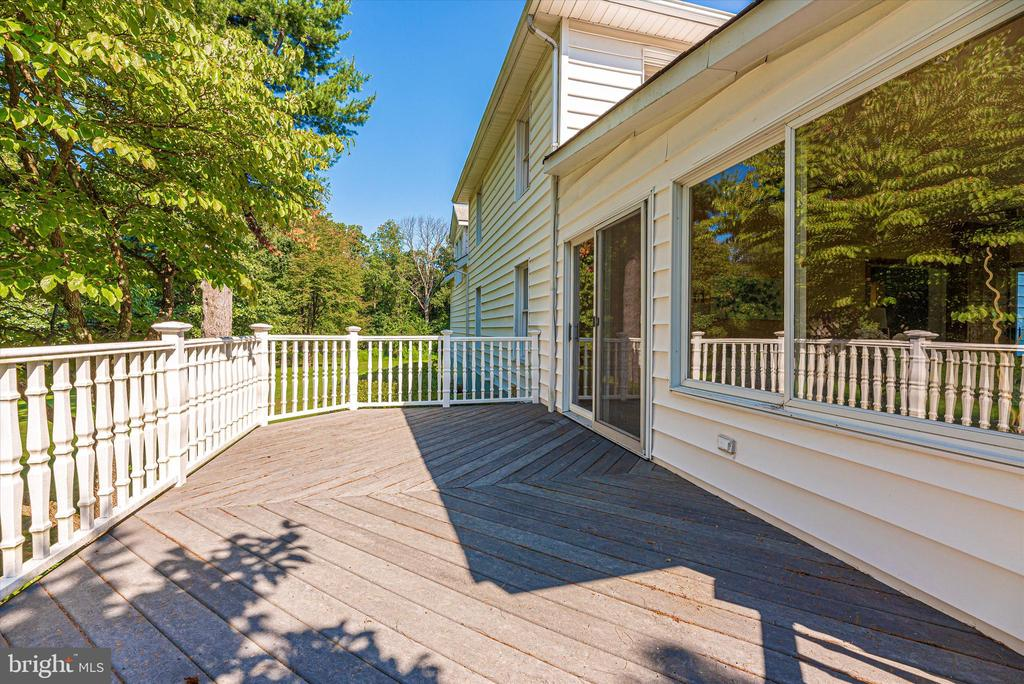 Deck off sunroom - 19121 WINDSOR FOREST RD, MOUNT AIRY