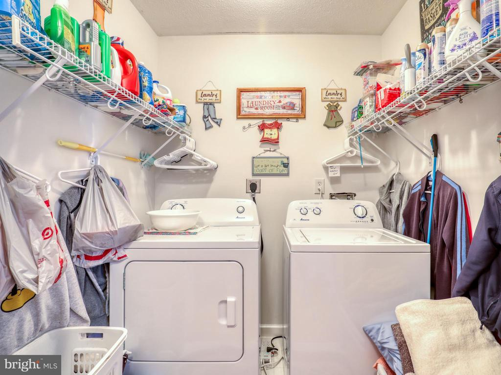 Laundry with storage - 140 BOWMAN LN, WINCHESTER