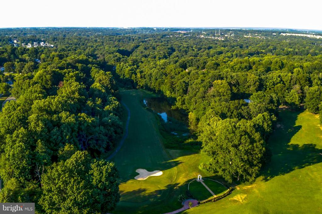 Montclair Country Club Golf Course - 15697 THISTLE CT, DUMFRIES