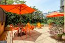 Bring your lunch down to enjoy out on the patio - 1830 FOUNTAIN DR #1008, RESTON