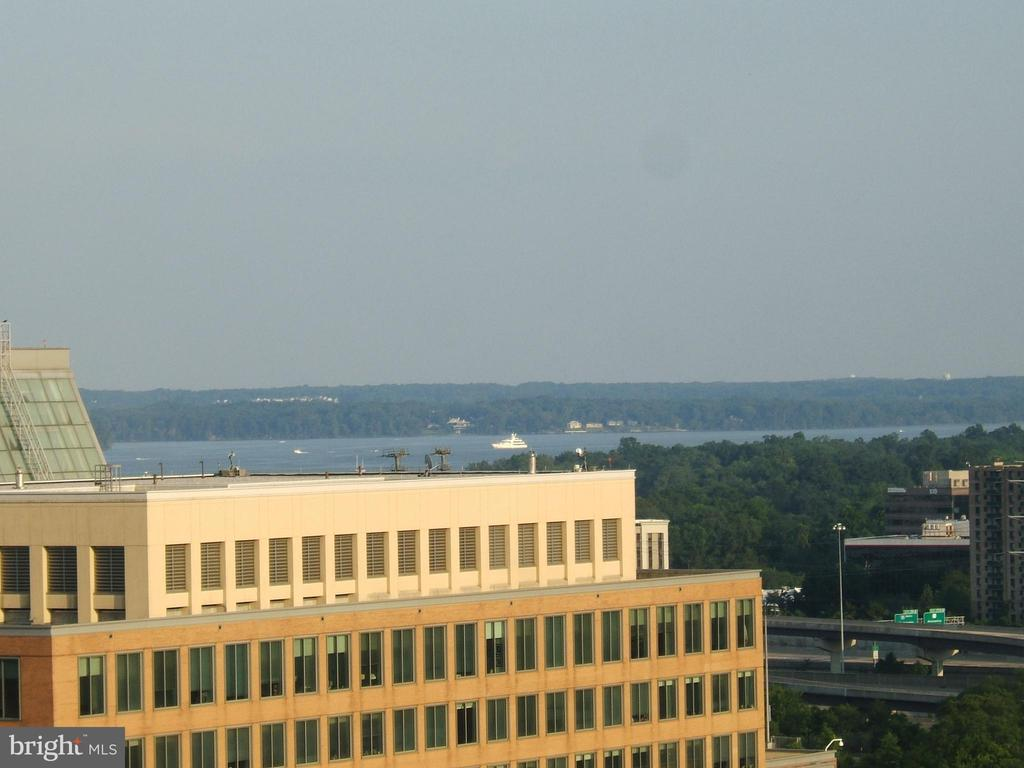 View from living room of Potomac during the day - 2151 JAMIESON AVE #2109, ALEXANDRIA