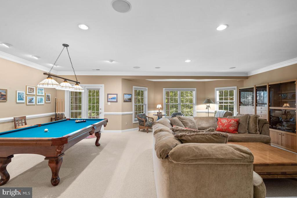 LL: plenty of space for Game Table and Hanging out - 20260 ISLAND VIEW CT, STERLING