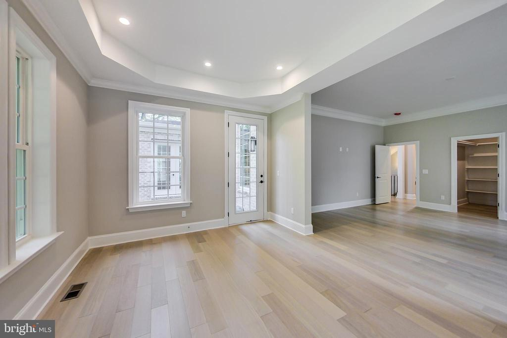 2nd Master Bedroom, Sitting Area - 3104 SLEEPY HOLLOW RD, FALLS CHURCH