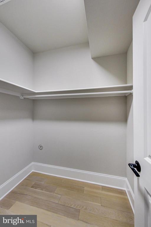 Bedroom #7 - Closet - 3104 SLEEPY HOLLOW RD, FALLS CHURCH