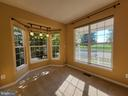 Wonderful Den space - with new carpet and SUNLIGHT - 25452 CROSSFIELD, CHANTILLY