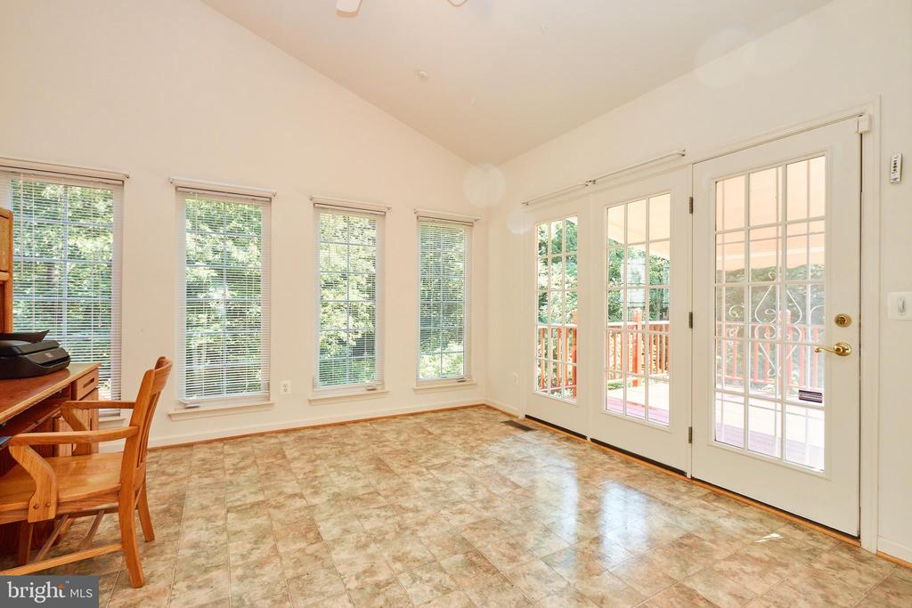 Sunroom off the family room with deck access - 619 BRECKENRIDGE WAY, SHENANDOAH JUNCTION