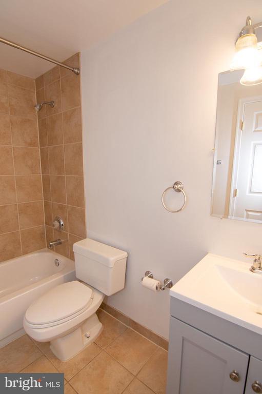 Lower Level Full Bath - 11415 HOLLOW TIMBER WAY, RESTON
