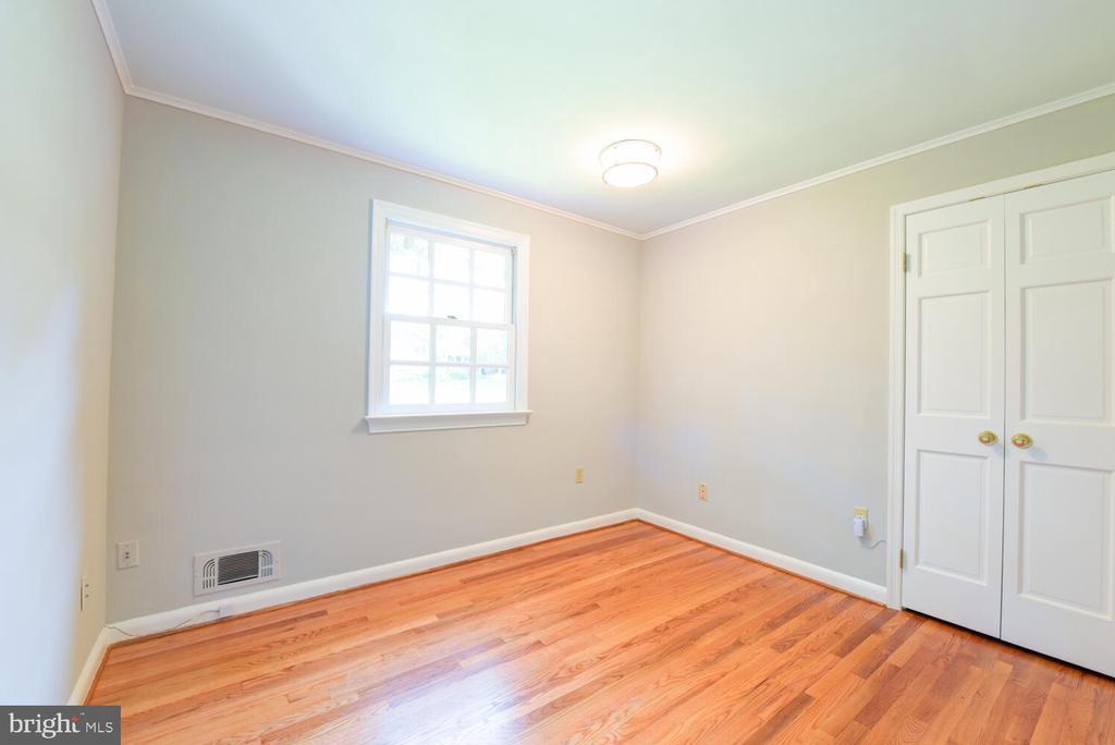 Second bedroom - 2305 WINDSOR RD, ALEXANDRIA