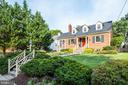 Stunning curb appeal will draw you in - 6112 WOODMONT RD, ALEXANDRIA