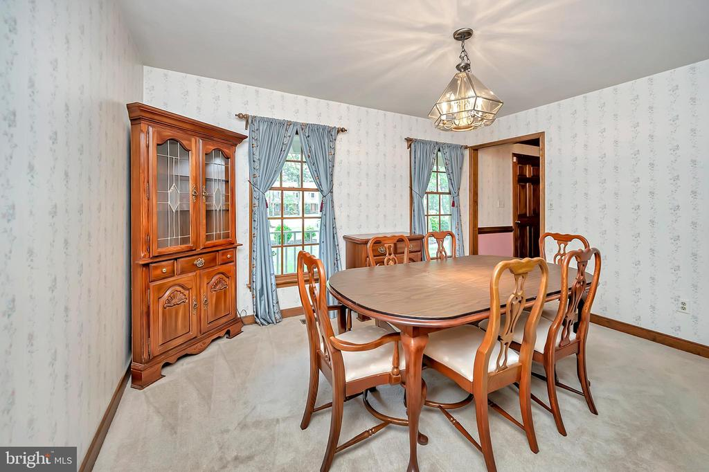 Formal Dining Room - 9704 PAMELA CT, SPOTSYLVANIA