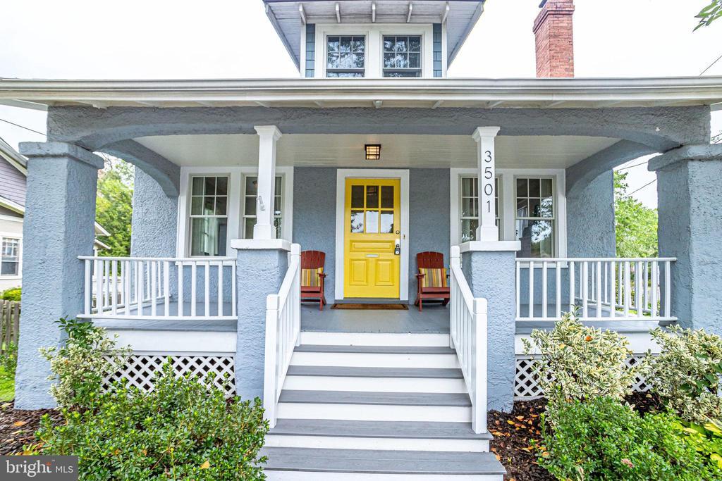 Stunning Sears bungalow -- NOT to miss! - 3501 N PERSHING DR, ARLINGTON