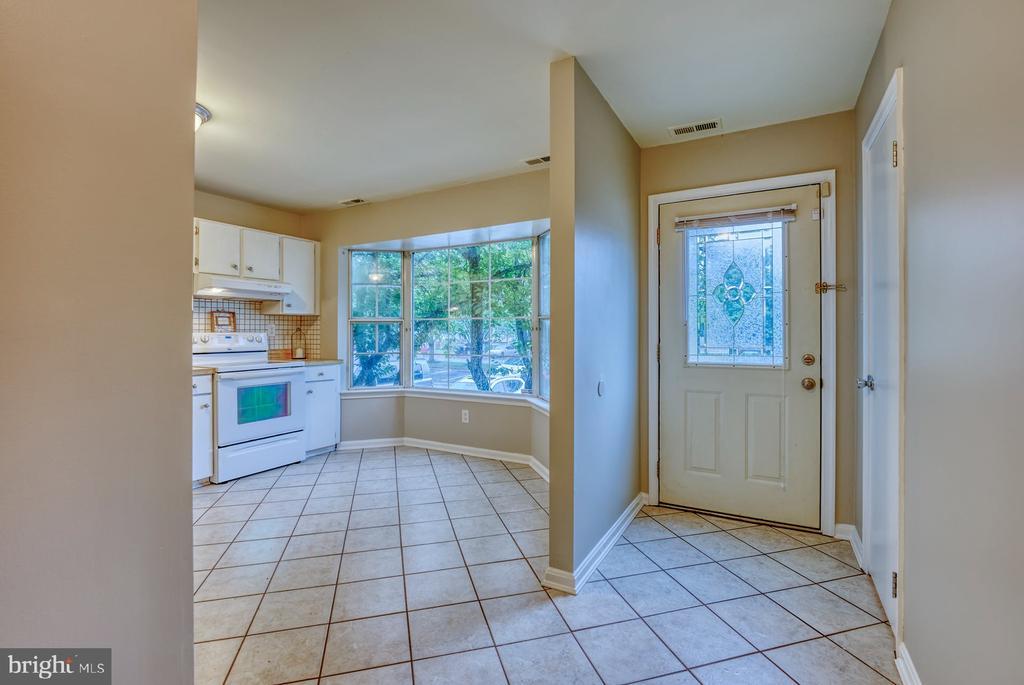 foyer - 4120 PLACID LAKE CT #66E, CHANTILLY