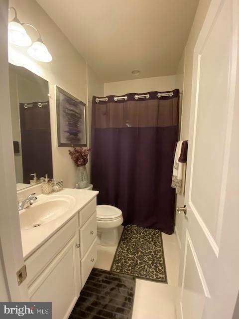Upper Level Hall Bath - 9875 BUCHANAN LOOP, MANASSAS