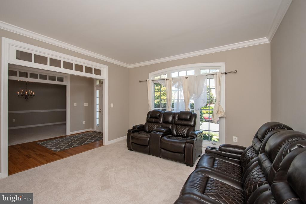 Living room - 18621 KERILL RD, TRIANGLE