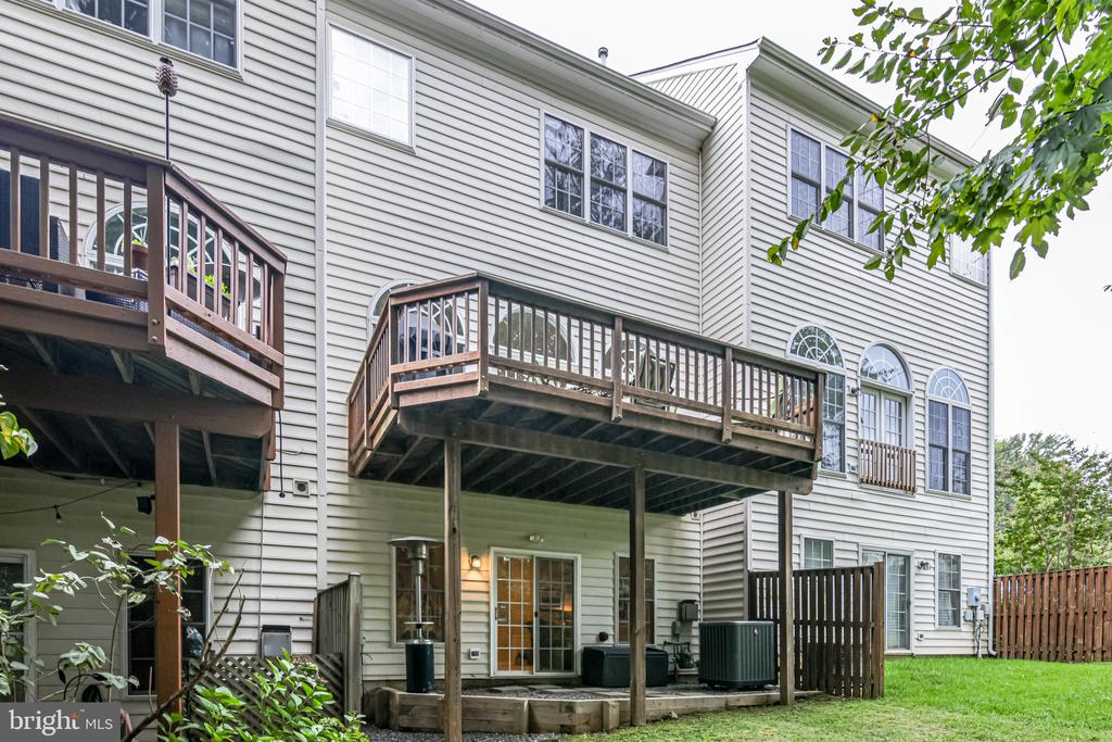 Back patio is open to the woods and can be fenced - 3162 GROVEHURST PL, ALEXANDRIA