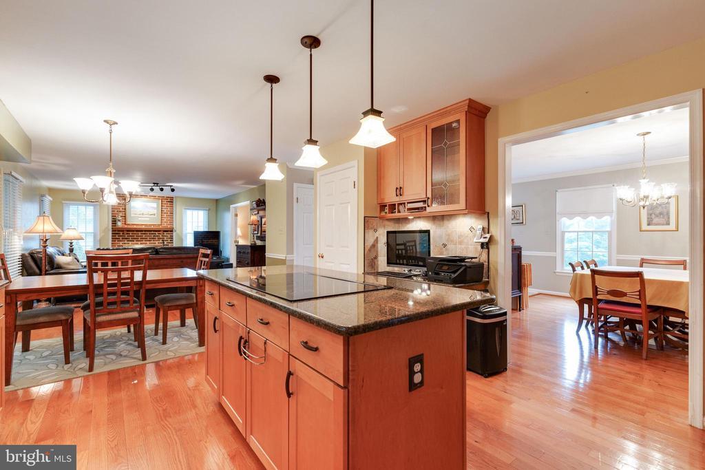 Kitchen - 15697 THISTLE CT, DUMFRIES
