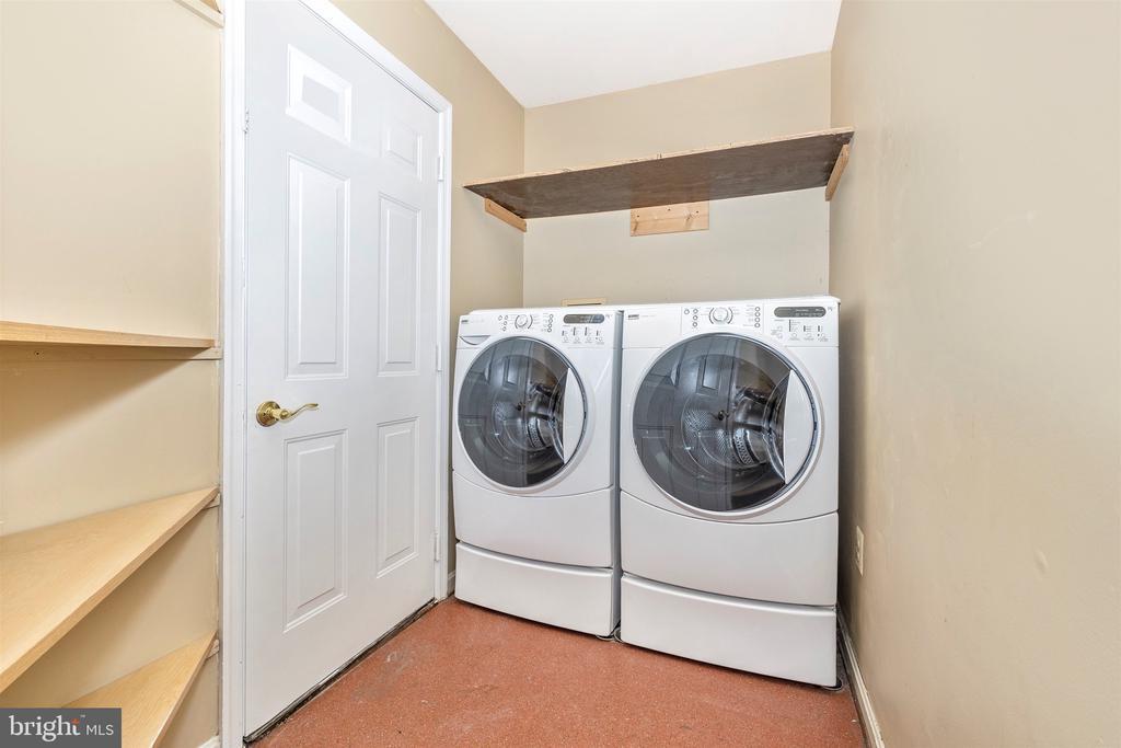 Laundry Area - 9005 SHADYBROOK DR, FREDERICK