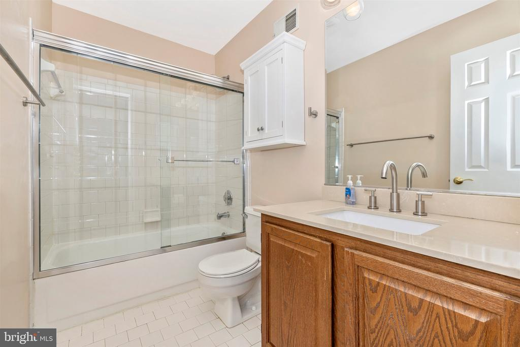 Bathroom 2 - 9005 SHADYBROOK DR, FREDERICK