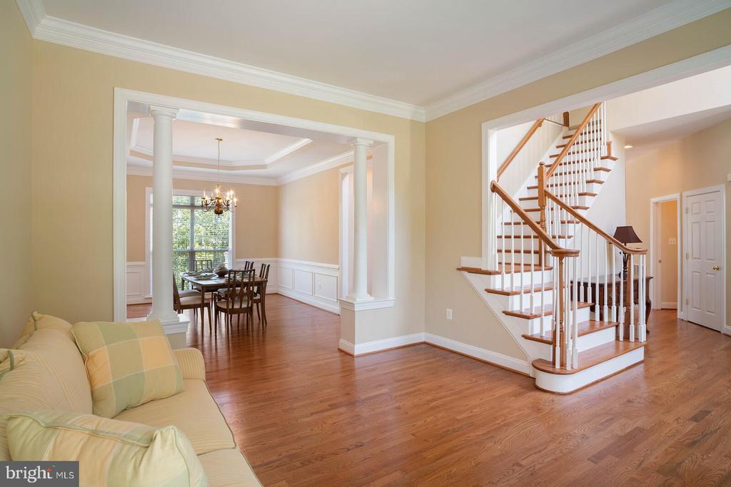 Refinished Hardwood Floors - 22554 FOREST RUN DR, ASHBURN