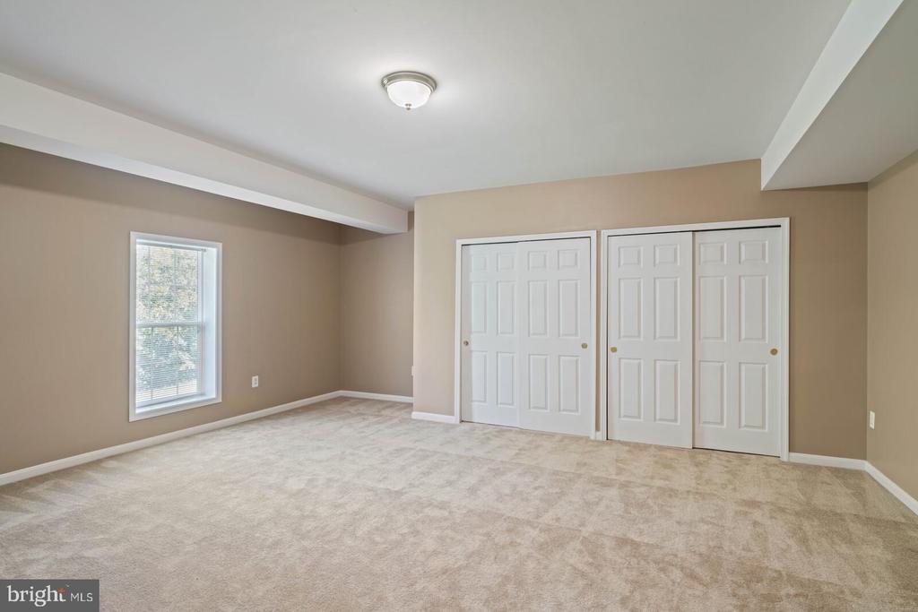 Huge 5th Bedroom - 22554 FOREST RUN DR, ASHBURN