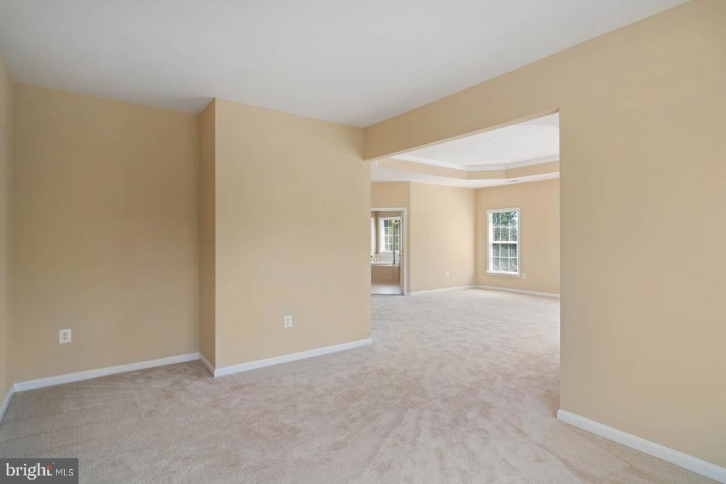 View into Primary Bedroom from Sitting Room - 22554 FOREST RUN DR, ASHBURN