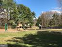 Tot lots, basketball courts & trails through out - 9637 LINCOLNWOOD DR, BURKE
