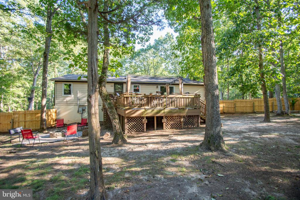 So much outdoor living area - 12400 TOLL HOUSE RD, SPOTSYLVANIA
