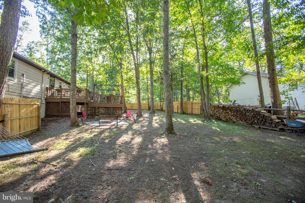 Huge back yard - 12400 TOLL HOUSE RD, SPOTSYLVANIA