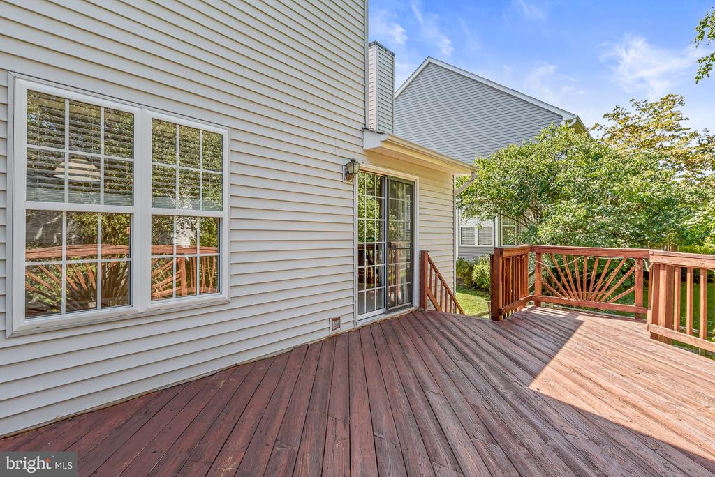 Deck Entry to Family Room - 46490 CEDARHURST DR, STERLING