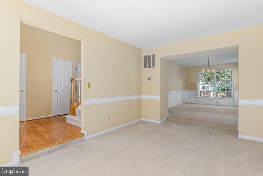 Living  Room - Sunken - 46490 CEDARHURST DR, STERLING