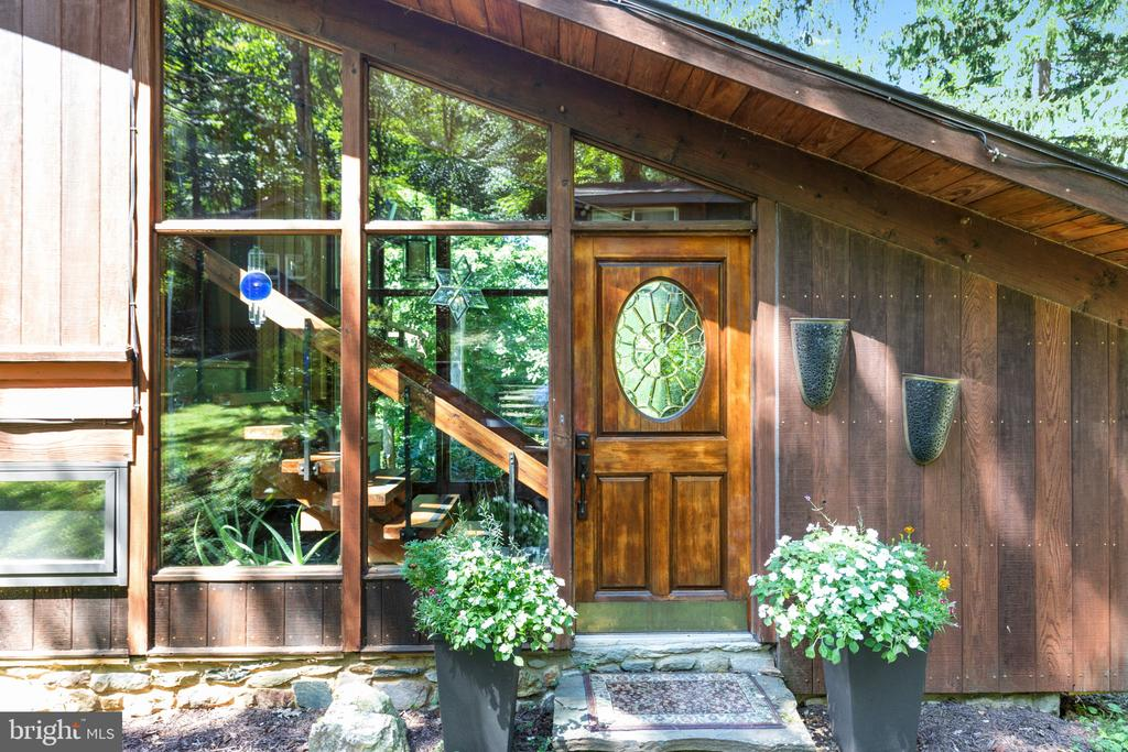COME ON IN! - 19079 BLUERIDGE MOUNTAIN RD, BLUEMONT