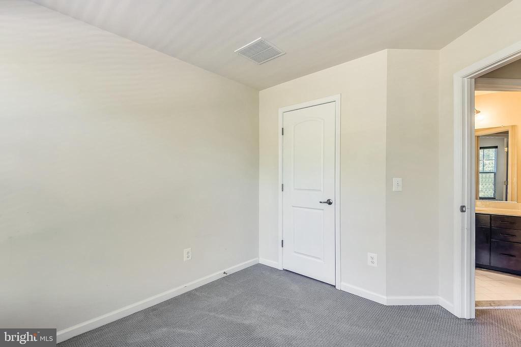 Bedroom 1 - 44021 EASTGATE VIEW DR, CHANTILLY
