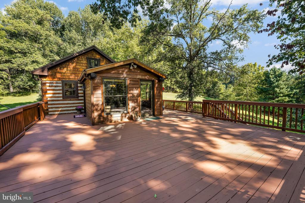 - 34970 CHARLES TOWN, PURCELLVILLE