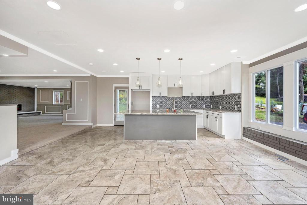 Above Builder Grade Finishes Throughout - 6121 QUINN RD, FREDERICK
