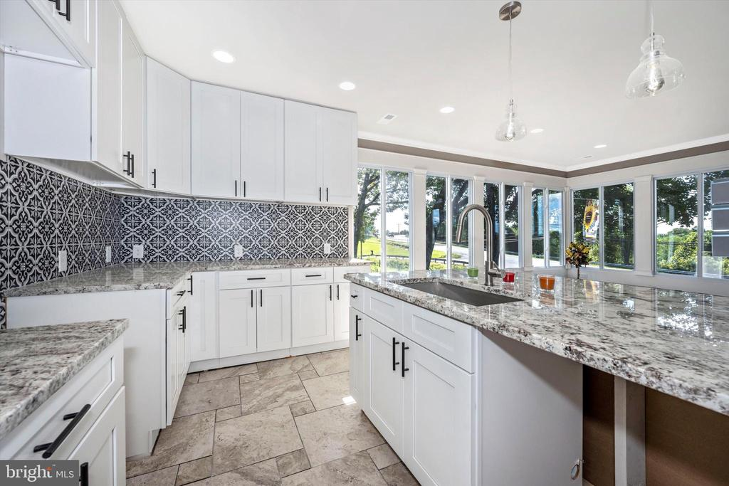 Cannot Get Enough Of This Kitchen! - 6121 QUINN RD, FREDERICK