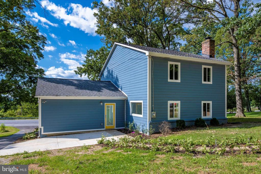 Optional Garage Addition Available! - 6121 QUINN RD, FREDERICK