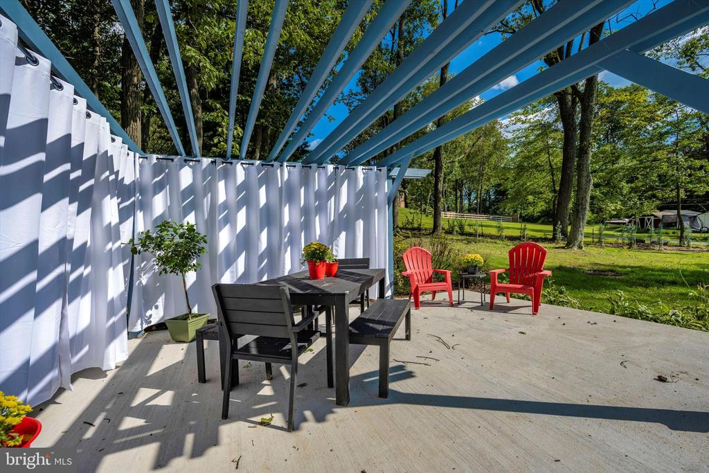 2nd Patio Offers Privacy & Convenience - 6121 QUINN RD, FREDERICK