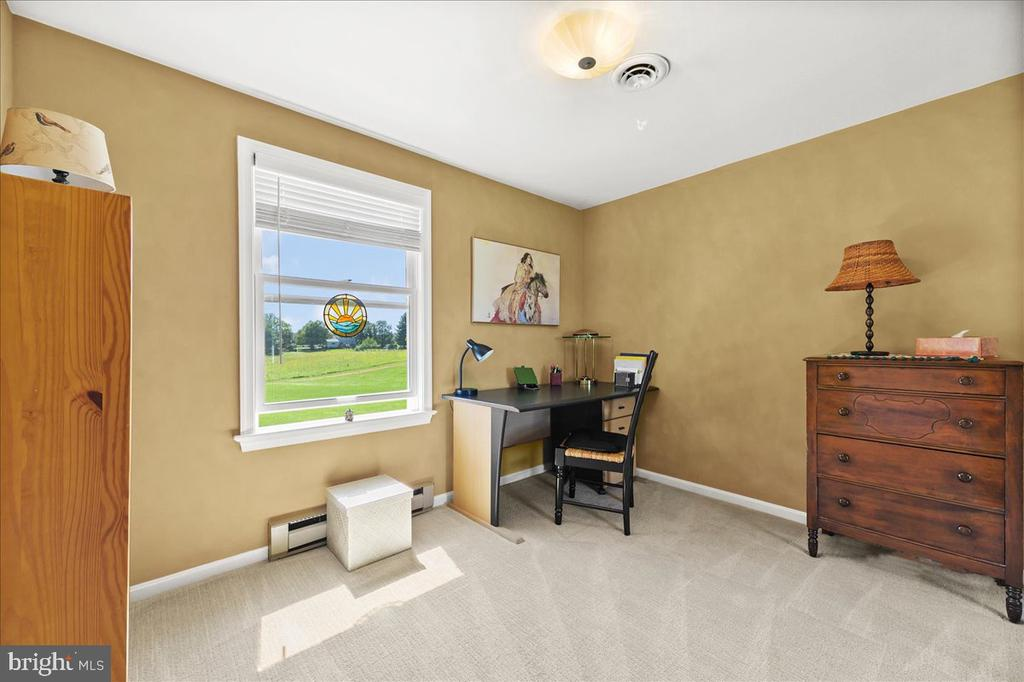 Main Level Bedroom - 37872 CHARLES TOWN PIKE, HILLSBORO
